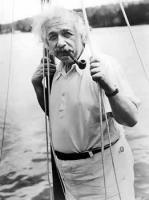 Albert Einstein inainte de plecarea catre Bermude