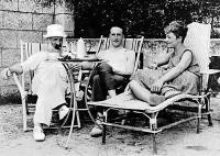 Constantin Brancusi, Marcel Duchamp si Mary Reynolds in Villefranche, Franta in 1929