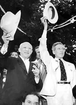 Pablo Picasso si Jean Cocteau